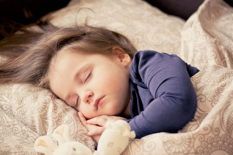 Natural Pioneers What is non-toxic living restful sleep on a non-toxic mattress fumes from foam